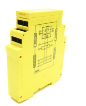 SICK UE10-3OS2D0 SAFETY RELAY 24VDC 24VAC, 5 OUTPUTS