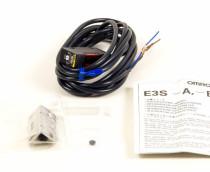 OMRON E3S-AD82 Switch Sensor