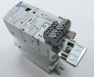 Lenze E82EV402K2C Inverter