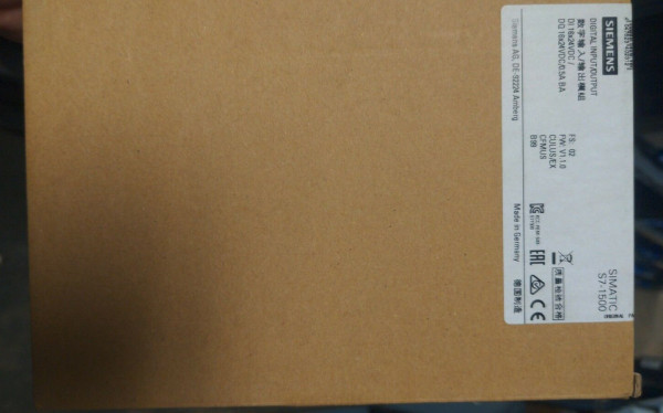 SIEMENS 6ES7523-1BL00-0AA0 Digital Input/Output