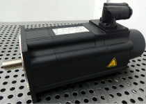LENZE MCS 12H15-SRMB0-A19N-ST5S00N-R0SU Servo Motor 1,6kW