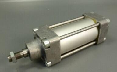 FESTO Standard cylinder DNGU-63-70-PPV-A