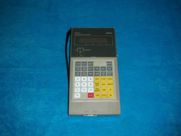 OMRON C200H-PR027-E Programming Console