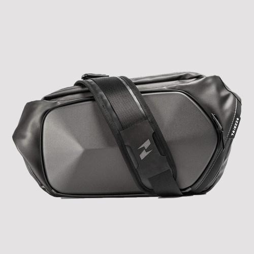 ROCKROOSTER  N Series Scutum Crossbody Bag