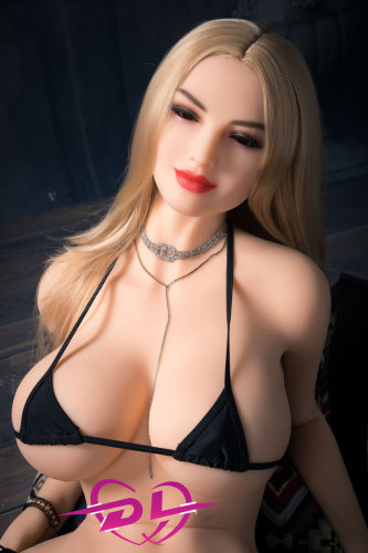 Olivia 熟女外人セックスロボット