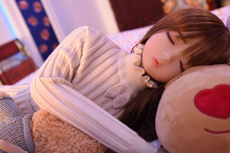 眠っているロリドール