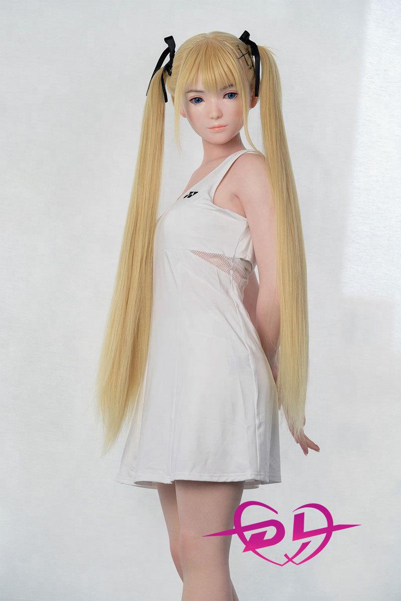 金髪少女人形