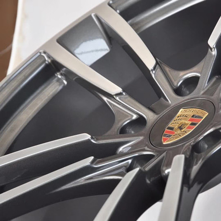 Porsche 911 20 inch 9J forged wheels alloy 6061 Bright black machine face and Matte black