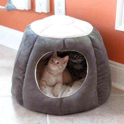 Pumpkin Shape Pet Sleeping Bed Kennel Puppy Soft Warm Sleeping Bed