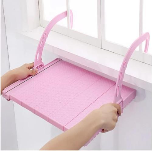 Flexible Hanger