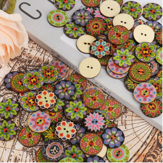 100 Pcs Colorful Wooden Sewing Buttons