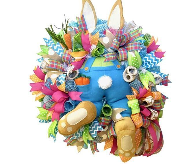 Easter bunny wreath 🐰💐 See how the rabbit broke into your home!