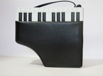 Sweet Piano Shape Black Lolita Messenger Bag