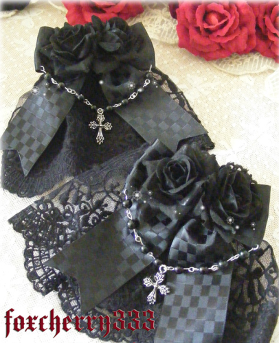 Black White Flower Beads Lace Bowknot Lolita Hand Cuff