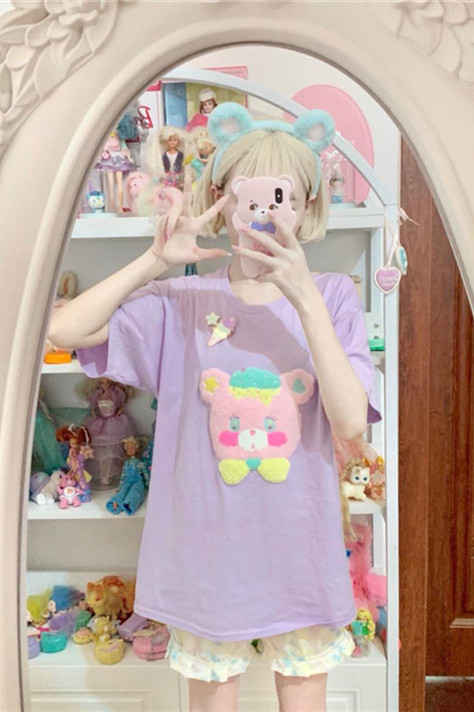 Cream Bear Sweet Flocking Embroidery T-shirt