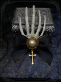 Devil's Claw~ Skeleton Hand Cross Dark Halloween Hairclip 2 Uses Lolita Accessories