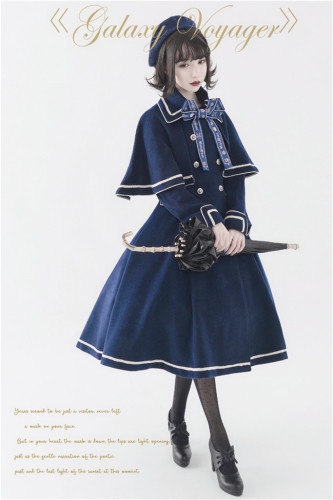 Travelers In the Milky Way Winter Lolita Coat with Detachable Cape