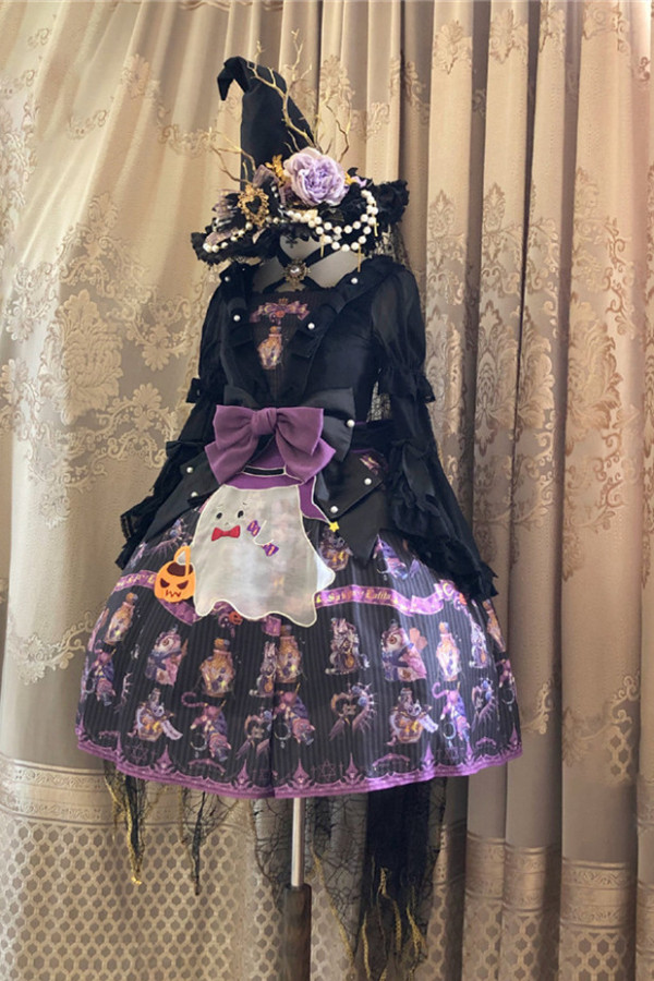 Little Ghost Embroidery Apron Set -Pre-order
