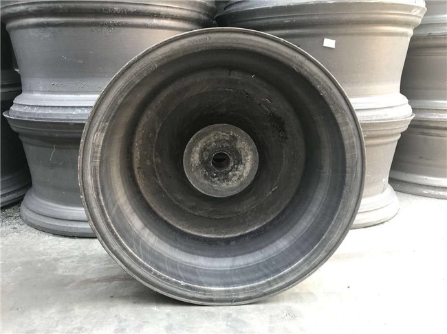 17 inch forged wheels blanks back