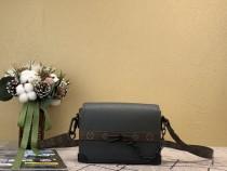 1:1 original leather louis vuitton shoulder bag M30717/M30718 00004 top quality
