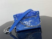 1:1 original leather Louis Vuitton cross body bag M44438 00237 top quality