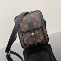 1:1 original leather Louis Vuitton travel camera bag M69404 00241 top quality