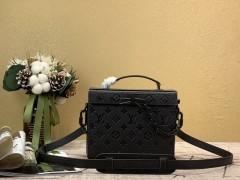 1:1 original leather Louis Vuitton men tote bag with strap M61117 00367 top quality