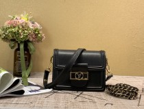 1:1 original leather Louis shoulder bag Mini Dauphine M90499 00436 top quality