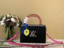 1:1 original leather Louis tote shoulder bag twist MM M56131 00453 top quality