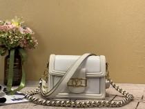 1:1 original leather Louis shoulder bag Mini Dauphine M90499 00437 top quality