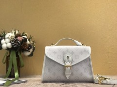 Discount Gucci shoulder/cross body bag for sale 01481 good quality