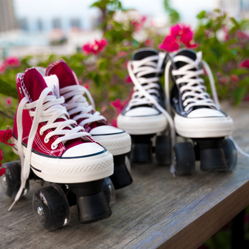 Vintage Sneaker Style Roller Skates