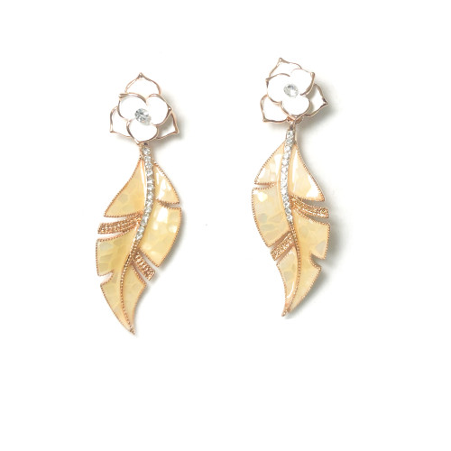 White Flower Drop Earrings 2006095