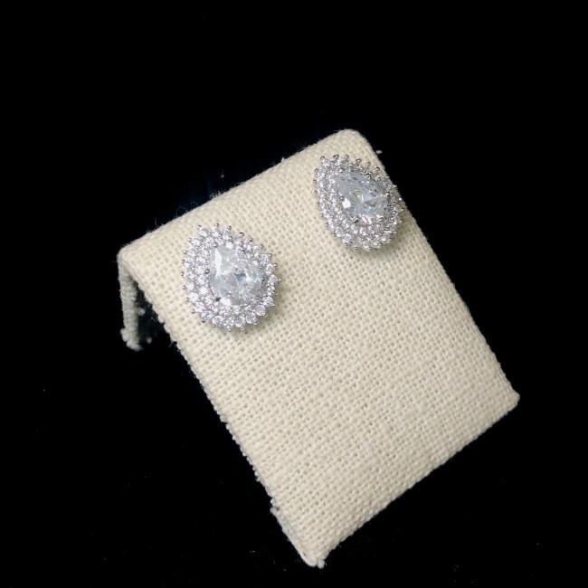 Zircon Stud Earrings 2006084