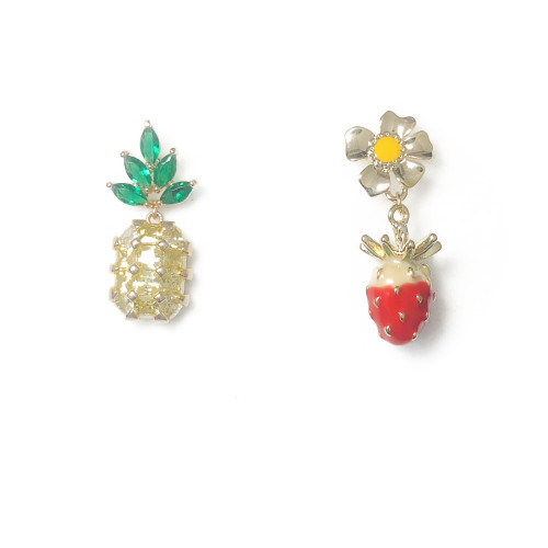 Pineapple and Strawberry of Asymmetrical Style Drop Earrings 2006125