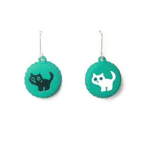 Green Bottle Cap of Asymmetrical Style Cat Drop Earrings 2006127