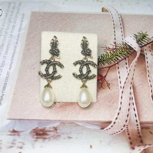 Pearl Vintage Style Drop Earrings 201157