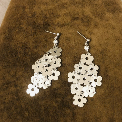 Glossy Silver Flower Plating Normcore Style Drop Earrings 2011133