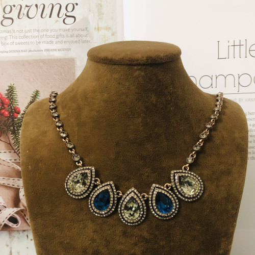 Crystal Necklace 201113