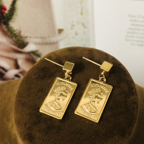 Glossy Gold Queen's Head Coins Plating Normcore Style TDrop Earrings 2011139