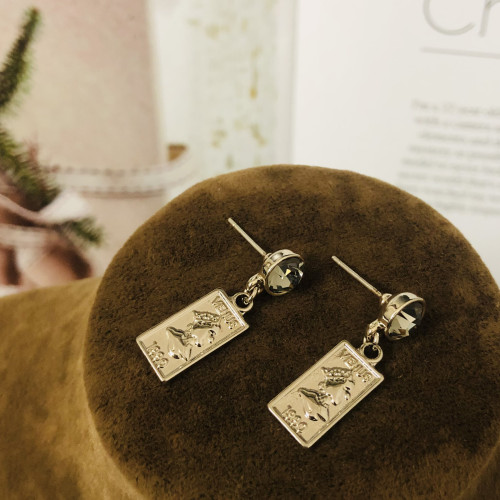 Gray Queen's Head Coins Plating Normcore Style Drop Earrings 2011137
