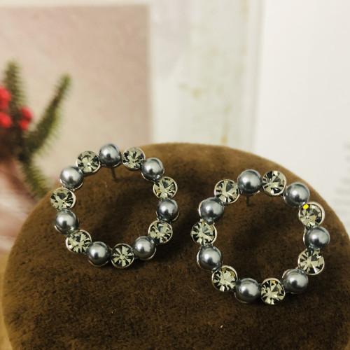 Garland of Crystal Stud Earrings 2011146