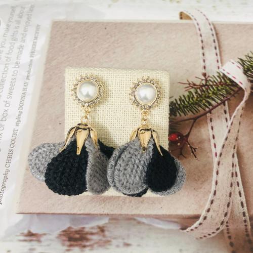 Black Flower of Woolen Yarn Drop Earrings 201017