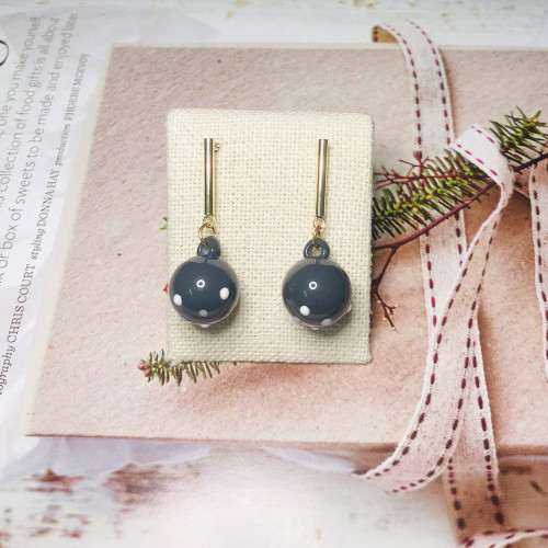 Gray Ball Fashion Style Drop Earrings 2011160