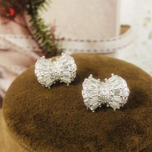 Silver Bowknot of Zircon Microscope Simple Style Stud Earrings 2011204