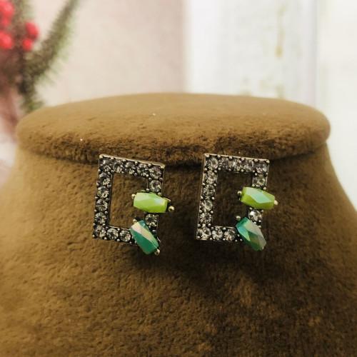 Black Crystal Fashion Style Stud Earrings 2011209
