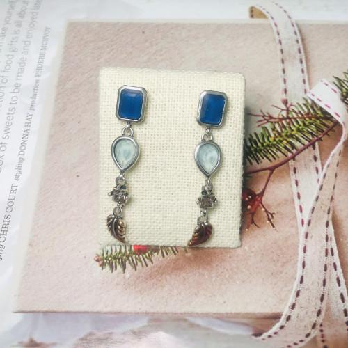 Blue Crystal Vintage Style Drop Earrings 2011218