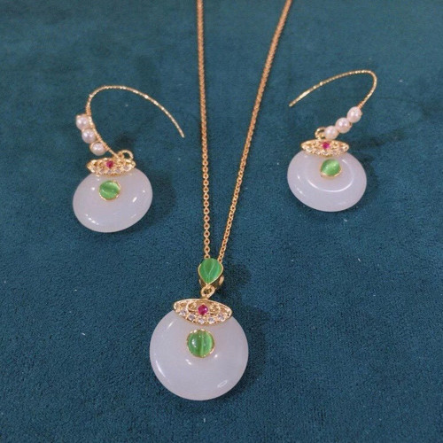 Auspicious Clasp of Chalcedony Ancientry Style Drop Earrings PR2012028