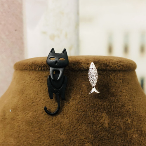 Black Cat and Fish Fashion Style Stud Earrings 2012007