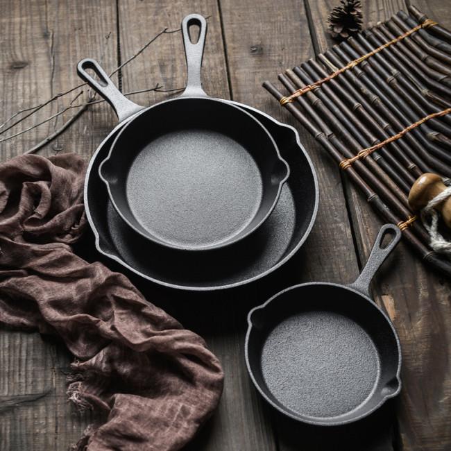 Cast iron non-stick pan